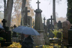 Savaitgalį pagerėjimo nematyti: lietus, šlapdriba ir gūsingas vėjas