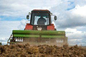 Dirbamos žemės pirkėjams – mažiau ribojimų
