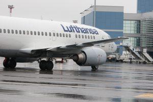 """""""Lufthansa"""" skrydžiai iš Vilniaus į Frankfurtą vis dar atšaukti"""