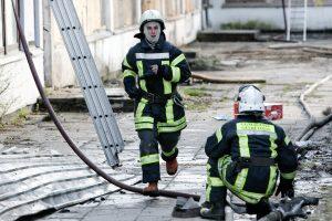 Vilniuje kilo gaisras daugiabutyje