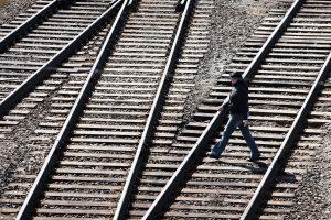 """Buvusiam """"Latvijos geležinkelių"""" antrinės bendrovės vadovui gresia 15 metų nelaisvės"""