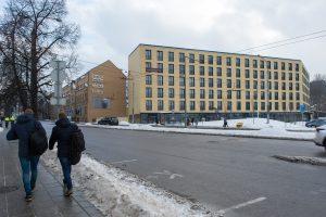 Brangių butų pirkėjų ima ieškoti teismai
