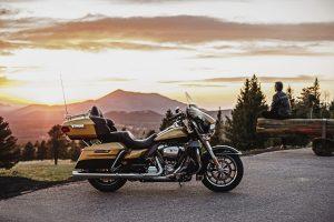 """""""Harley Davidson"""" pristato naujus galingus turistinius motociklus"""