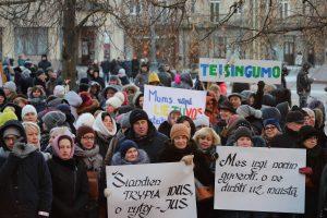 Dalis mokytojų jau streikuoja ilgiau nei mėnesį, bet streikas slopsta