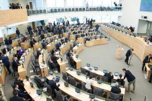Dėl biudžeto svarstymo – dar vienas neeilinis Seimo posėdis