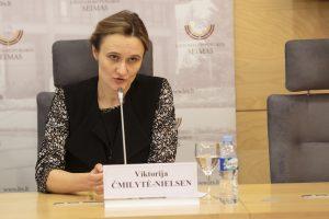 Į Seimo darbotvarkę grįžta triukšmingai blokuotas projektas dėl embrionų
