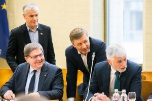 Seimo laukia darbinga sesija: numatoma svarstyti beveik 600 teisės aktų