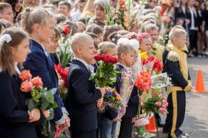 Sostinės mokyklose prasideda pakartotinis vaikų priėmimas