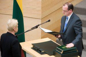VTEK nariu paskirtas teisininkas E. Sakalauskas