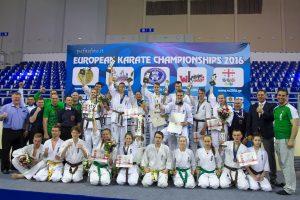 Lietuvos kiokušin karatė jaunių rinktinė Europos čempionate susišlavė pusę medalių