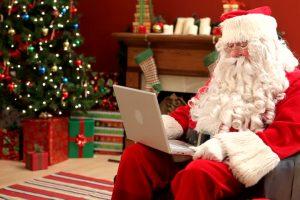 10 išmanių dovanų idėjų šioms Kalėdoms
