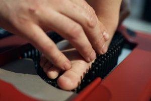 STT siūlo dažniau peržiūrėti ortopedijos priemonių įkainius