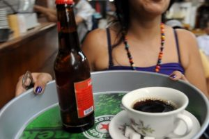 3D spausdinimui naudoja kavą, kanapes ir net alų
