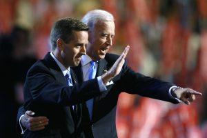 Sūnaus netekęs JAV viceprezidentas J. Bidenas stoja į kovą su vėžiu