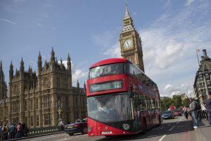 Londoniečiai apie oro kokybę galės sužinoti laukdami autobuso