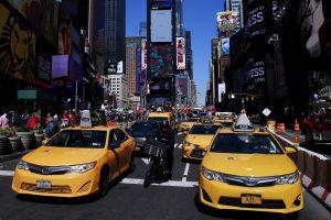 Neįtikėtina: Niujorko taksistai neprivalės kalbėti angliškai