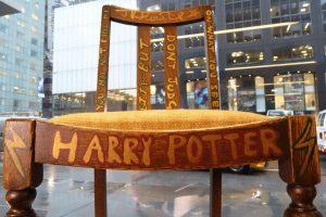 Hario Poterio kūrėjos kėdė parduota už 394 tūkst. dolerių