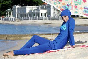 Kanų meras uždraudė dėvėti burkinius miesto paplūdimiuose