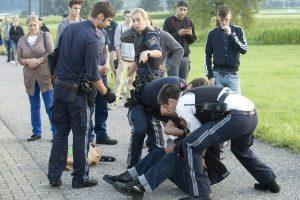 Austrijoje traukinyje užpuolikas peiliu badė keleivius