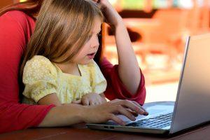 Ką turėtų žinoti tėvai pirkdami vaikui naują kompiuterį?