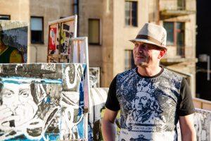 E. Ožeškienės gatvės kieme – neįprastai meniška kaimynų šventė