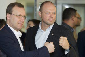 """Liberalai, """"tvarkiečiai"""" į Seimą nepatektų, kyla Antikorupcinė koalicija"""