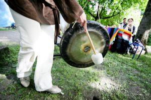Kultūros naktį – D. Razausko ir gongų muzika Tibetui