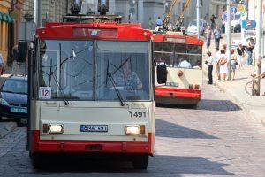 Pirtis Vilniaus troleibusuose: kondicionieriai – tik kas dešimtame