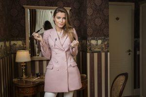 Stilistė G. Varnaitė: puoštis ta pačia suknele kelis kartus – irgi stilinga