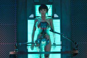 """""""Dvasia šarvuose"""" – išlikti žmogumi kiborgų pasaulyje (recenzija)"""