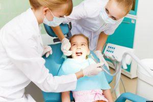 Tėvai neišnaudoja galimybių nemokamai sutvarkyti vaikų dantis