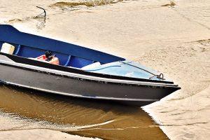 Neblaivaus vyro vairuojama valtis sužalojo nardžiusią 14-metę