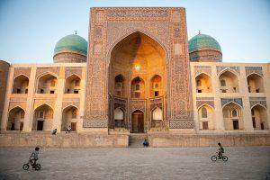 Stebuklinga Uzbekija: Šilko kelio egzotika ir sovietmečio pėdsakai