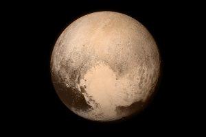"""Tikėtina, kad po """"nurašyto"""" Plutono ledynais tyvuliuoja vandenynas"""