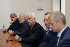 Dėl Klaipėdos universiteto kyla į kovą