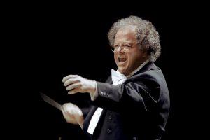 Niujorko Metropolitano opera nušalino seksualine prievarta įtariamą dirigentą