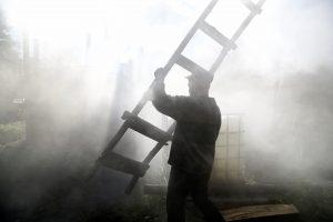 Marijampolėje degė metalo apdirbimo įmonė