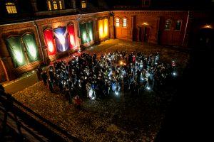 Vasario 16-osios išvakarėse Raudondvaryje – garbės ženklai ir deganti instaliacija