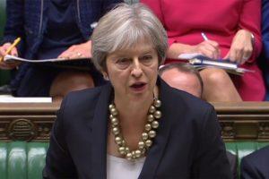 """Th. May nepritaria pereinamojo laikotarpio po """"Brexit"""" pratęsimui"""