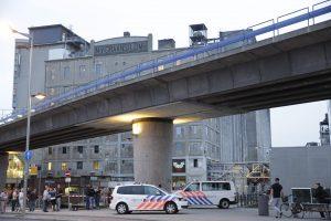 Olandijoje nudurti du žmonės, dar trys sužeisti