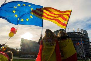 Ką atskleidžia ES požiūris į Katalonijos krizę?