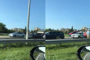 Islandijos plente – trijų automobilių avarija, sužalota vairuotoja