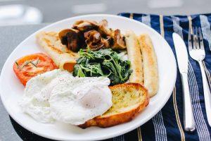 Mokslininkai perspėja dėl smarkiai perdirbto maisto poveikio sveikatai