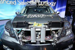 Automobilio elektronikos remontas gali kainuoti tris kartus brangiau nei automobilis