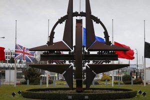 Laukiant NATO viršūnių susitikimo daugėja nesutarimų