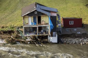 Norvegijos pietus nuniokojo lietūs ir nuošliaužos