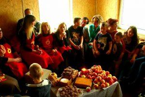 """""""Maisto banko"""" savanoriai TV žiūrovus kvies dalintis"""