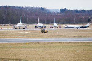 Lapkritis Lietuvos oro uostuose: daugėja ir keleivių, ir skrydžių