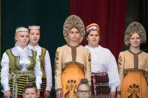 Prie Rusijos ambasados pagerbtas B. Nemcovas, Vingio parke – rusų kultūros diena