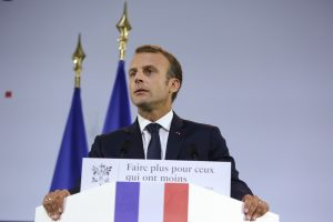 E. Macronas pripažino Prancūzijos atsakomybę dėl vykdytų kankinimų